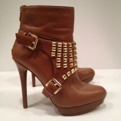 Available @ TrendTrunk.com Michael Kors Heels. By Michael Kors. Only $183.00! Michael Kors Heels, 2014 Trends, Cool Boots, Cool Outfits, Trunks, Booty, Jewels, Accessories, Shopping