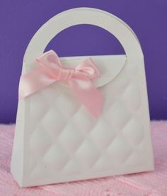 Wedding favour bags embossed handbag style 13 cm from base to handle