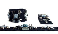 bracelet manchette CAMERA en gros grain brodé de strass par MBTIR