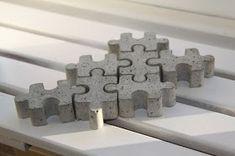 Rompecabezas for patio or path Cement Design, Cement Art, Beton Design, Concrete Cement, Concrete Crafts, Concrete Projects, Concrete Blocks, Diy Projects, Beton Diy