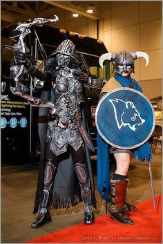 Skyrim: Nightingale and Stormcloak  That Nightingale armour is awesome.