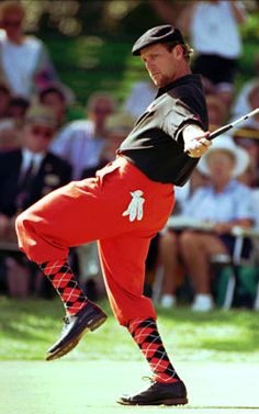 The late Payne Stewart always cut an immensely popular image with his plus-fours. #golf #fashion
