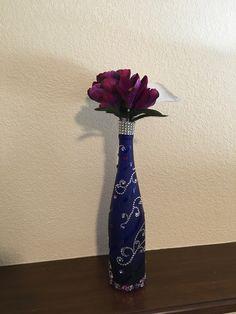 Floral led wine bottle rhinestone decoration #winebottleled #winebottlewithflowers Wine Bottles, Vase, Led, Glasses, Decoration, Floral, Crafts, Home Decor, Bottle