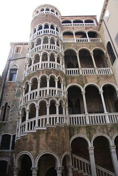 Scala Contarini del Bovolo 10 Things To Do In Venice For $10