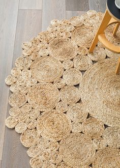 Natural Geranium Flower - Armadillo Floor Rug