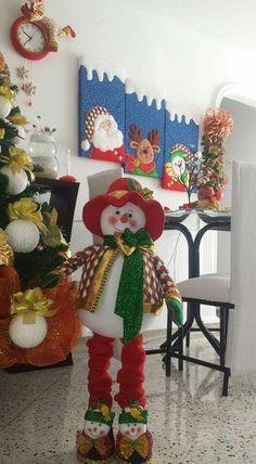 rossy's media content and analytics Christmas Elf Doll, Christmas Stocking Kits, Felt Christmas Stockings, Christmas Room, Christmas Fabric, Primitive Christmas, Christmas Tree Toppers, Christmas Crafts, Christmas Ornaments