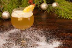 Der fruchtige Ananas-Punsch schmeckt im Winter ganz besonders gut. Das Besondere daran: Er wird in der Mikrowelle gemacht.