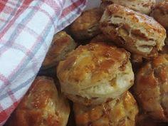 Muffin, Dairy, Bread, Cheese, Cookies, Chicken, Breakfast, Food, Basket