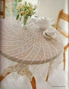 Crochet doily - crochet doilies - Crochet tablecloth - Home decor - White crochet doilies - Handmade tablecloth by DoiliesbyElena on Etsy Thread Crochet, Filet Crochet, Irish Crochet, Knit Crochet, Crochet Bedspread, Crochet Tablecloth, Crochet Doilies, Doily Patterns, Crochet Patterns