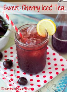 Iced Tea Sweet Cherry Iced Tea hits the spot on a hot summer day. I think it's the perfect summer beverage recipe.Sweet Cherry Iced Tea hits the spot on a hot summer day. I think it's the perfect summer beverage recipe. Summer Drink Recipes, Summer Drinks, Fun Drinks, Healthy Drinks, Beverages, Healthy Food, Nutrition Drinks, Cold Drinks, Sweet Tea Recipes