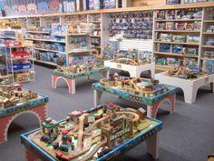 Train Activities for Families in St. Paul, Minnesota...Choo Choo Bob's...K would be in HEAVEN!