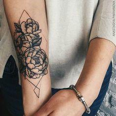 Un superbe tatouage qui peut faire pour homme ou pour femme !