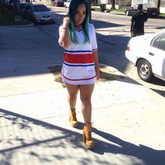 Mega babe Heather Sanders strutted the streets of LA in our foul play jersey tee. www.sosorella.com Dope Fashion, Fashion Killa, Urban Fashion, Heather Sanders, Bad Dresses, Urban Outfits, Dope Outfits, Fall Outfits, Dressy Attire