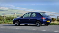 Peugeot 306 Rallye - Still one of the best hot hatches in the last 20 years Peugeot 306, Bmw E30 M3, Mode Of Transport, Comedy Central, Nice Cars, Rockets, Modern Classic, 20 Years, Specs