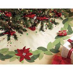 TAG-POINSETTIA-FELT-Tree-Skirt-NWOT-Great-Design-NEW-Festive-HOLIDAY