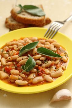 #Fagioli all'uccelletto #MenudellaSettimanaCirio #Cirio #ricetta #recipe #italianrecipe #cuoreitaliano #beans