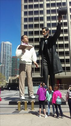 Abe Lincoln and the Common Man in Pioneer Plaza on Michigan Ave Most Beautiful Cities, Wonderful Places, Pioneer Plaza, Chicago Area, Roadside Attractions, My Town, Back Home, Mood Boards, Lincoln