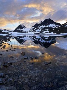 Nallojaure Landscape, Sweden - Fotobehang & Behang - Photowall