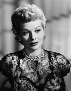 I love this serious moment for an otherwise wackadoo Lucille Ball