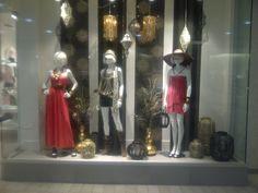 #Ladydutch #windows #fashion #edgy #girl #visuals #vm Fashion Edgy, Candle Sconces, Wall Lights, Windows, Candles, Lighting, Lady, Home Decor, Homemade Home Decor
