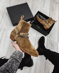 Double Chain, Wide Feet, Shoe Boots, Shoes, Leather Heels, Chelsea Boots, Ankle, Running, How To Wear
