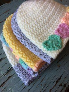 Soft & Sweet Baby Beanies – sara kay: knit and crochet - Crochet - Hakeln Crochet Baby Blanket Beginner, Crochet Baby Hat Patterns, Crochet Baby Beanie, Crochet Beanie Pattern, Crochet Baby Clothes, Newborn Crochet, Knit Crochet, Crochet Hats, Booties Crochet