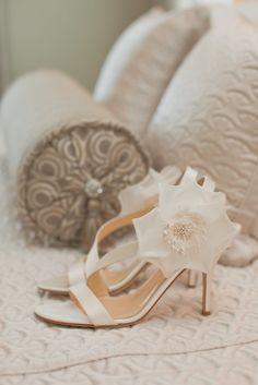 Kate Spade Bridal Shoes   Clos La Chance Winery – San Martin, California https://www.theknot.com/marketplace/clos-la-chance-winery-san-martin-ca-330493   Carlie Statsky Photography https://www.theknot.com/marketplace/carlie-statsky-photography-santa-cruz-ca-301035  