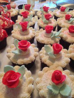 #nutfree wedding shower cupcakes
