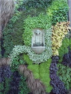 Living Wall with Fountain - good idea for the side of the house.