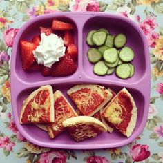 Toddler Lunch - Mini Pizza, Mini Cucumber and Strawberries & Soy Squirty Cream Healthy Toddler Meals, Toddler Lunches, Toddler Food, Family Meals, Kids Meals, Baby Meals, Mini Cucumbers, Mini Pizza, Boite A Lunch