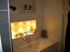 vakjes boven badkuip