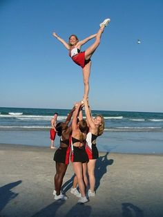 college cheerleader, cheerleading, stunts, scale CHEER moved from Cheerleading: Stunts board - Lena Naugle - Cheerleading Pyramids, High School Cheerleading, Cheerleading Jumps, Cheerleading Gifts, Cheer Stunts, Cheer Bows, Volleyball Senior Pictures, Cheer Quotes, All Star Cheer