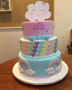 Chuva de Amor #chuvadeamor #festachuvadeamor #bolochuvadeamor #cakes #cakedesign #bolos #bolosdecorados #bolosrj #bolosniteroi #deliciasdabia
