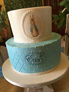 Baby Aidyn's Peter Rabbit #babyshower cake. 👶 🐇 #EddasCakes - http://eddascakes.com