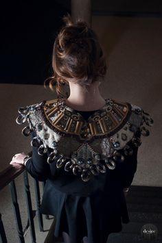 Collar by Hélène van der Meijs, broderie d'art, Mastering Broderie d'Art level 1, www.saskiaterwelle.com