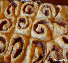 You searched for Old fashioned butter rolls - The Southern Lady Cooks Just Desserts, Dessert Recipes, Snack Recipes, Snacks, Raisin Bread Pudding, Sweet Cornbread, Fried Cornbread, Cornbread Muffins, Raisin Recipes