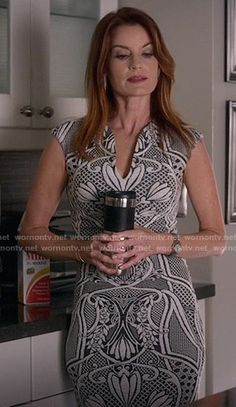 Ashley's black and white floral dress on Pretty Little Liars.  Outfit Details: https://wornontv.net/56047/ #PLL