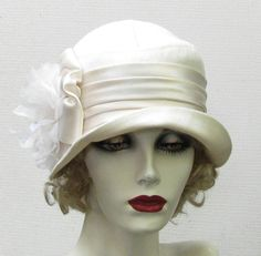 vintage 1920 hats | Vintage Style Womens Hat 1920's on Etsy Cloche Ivory Hat Wedding ...