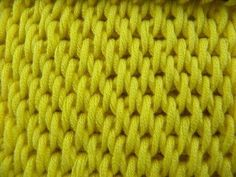 Tunisian Crochet - Fill monochrome (IN GERMAN - If you are familiar with Tunisian Crochet you can watch this video to learn this stitch... The video is very good... Deb)