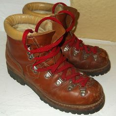 Vintage 1970s Alpine Hiker Leather Premium Hiking Mountaineering Boots - I got a pair just like this when I was 14.  They came with red and yellow shoe laces, and I wore the yellow ones.  I used them for years and years in Indiana and Colorado, before they finally wore out after my third kid was born.  RW