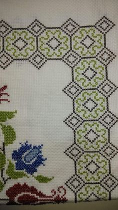 Cross Stitch Geometric, Cross Stitch Borders, Cross Stitch Flowers, Cross Stitch Patterns, Cross Stitch Embroidery, Hand Embroidery, Teapot Cover, Swedish Weaving, Prayer Rug