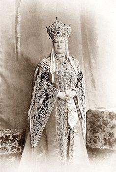 Grand Duchess Marie Pavlovna in costume