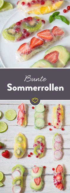 Fruchtig, farbig und frisch! Diese Frucht-Sommerrollen mit Obst, Avocado und Spinatblättern gefüllt schmecken so nach Sommer..... Einfach perfekt!