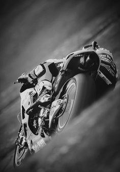 "the-1st-corner-carnage: "" casey_stoner "" Superbike"