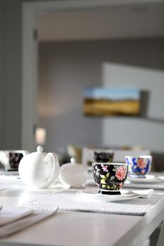Bring vintage style to your dining space with gorgeous floral teacups. #interiordesign #shabbychic #dining #diningtable #kamakaplan #generationhomesnz 4 Bedroom House Plans, Shabby Chic Dining, Teacups, Home Interior Design, Vintage Style, Dining Table, Trends, How To Plan, Space