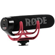 RODE Video Mic Go is a super lightweight shotgun mic perfect for getting great audio with your iOgrapher kits! Features: • High quality directional microphone • No battery required (powered by camera