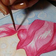 """Ah,  esses cabelos """"delicinha"""" de fazer  Momento #terapia por aqui  INSPIRE-SE  #Ariel #apequenasereia #princesasdadisney #cabelo #hair #pintandocabelo #cabelovermelho #vídeo #DeAquarela #aquarelle #aquarella #acuarela #watercolor #pintura #artwork  #compredequemfaz  #papelcanson #feiradocerrado #artenoinsta #instaarte #Goiânia #Goiás #economiacriativa #empreendedorismocriativo #decoração #artesanal #artenoinsta #instaarte #artwork #ilustração"""