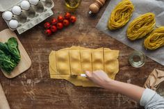 Heute mal italienisch? Hausgemachte Ravioli mit leckerer Mangoldfüllung - Seite 13 Pot Pasta, Stewart, Relleno, Gourmet, Lollipops, Homemade Ravioli, Easy Meals, Cooking