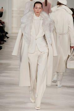 Ralph Lauren, New York Fashion Week, Herbst-/Wintermode 2014 New York Fashion, Fashion Week, Fashion Show, Fashion Outfits, Womens Fashion, Fashion Trends, Fashion 2015, Fall Winter 2014, Winter White