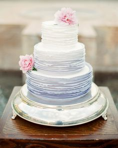 The Prettiest Ombré Wedding Cakes for Couples Who Love Color 24 Glorious Ombré Wedding Cakes Unique Wedding Cakes, Beautiful Wedding Cakes, Wedding Cake Designs, Wedding Cake Toppers, Perfect Wedding, Wedding Cake Fresh Flowers, Ombre Cake, Traditional Cakes, Arizona Wedding